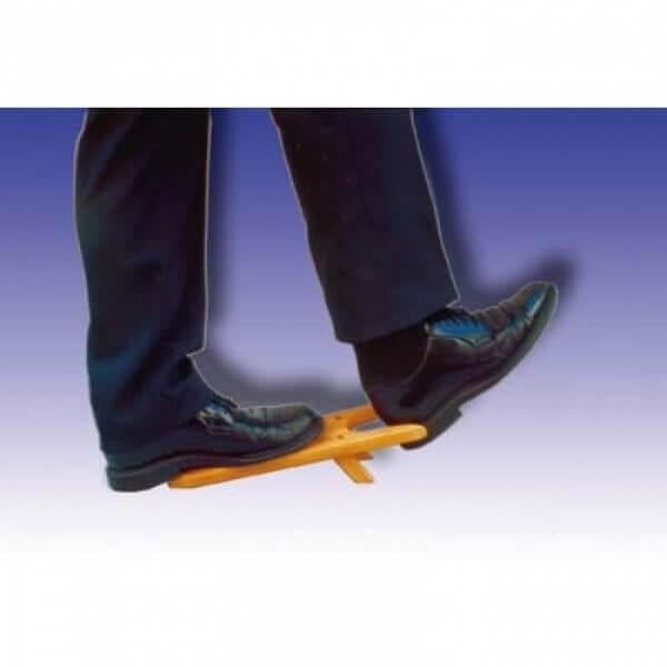 Przyrząd do zdejmowania butów